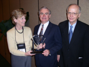 riley_award_2003_richardson